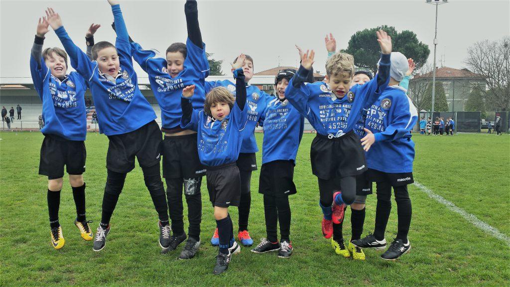 Rugby bambini salto